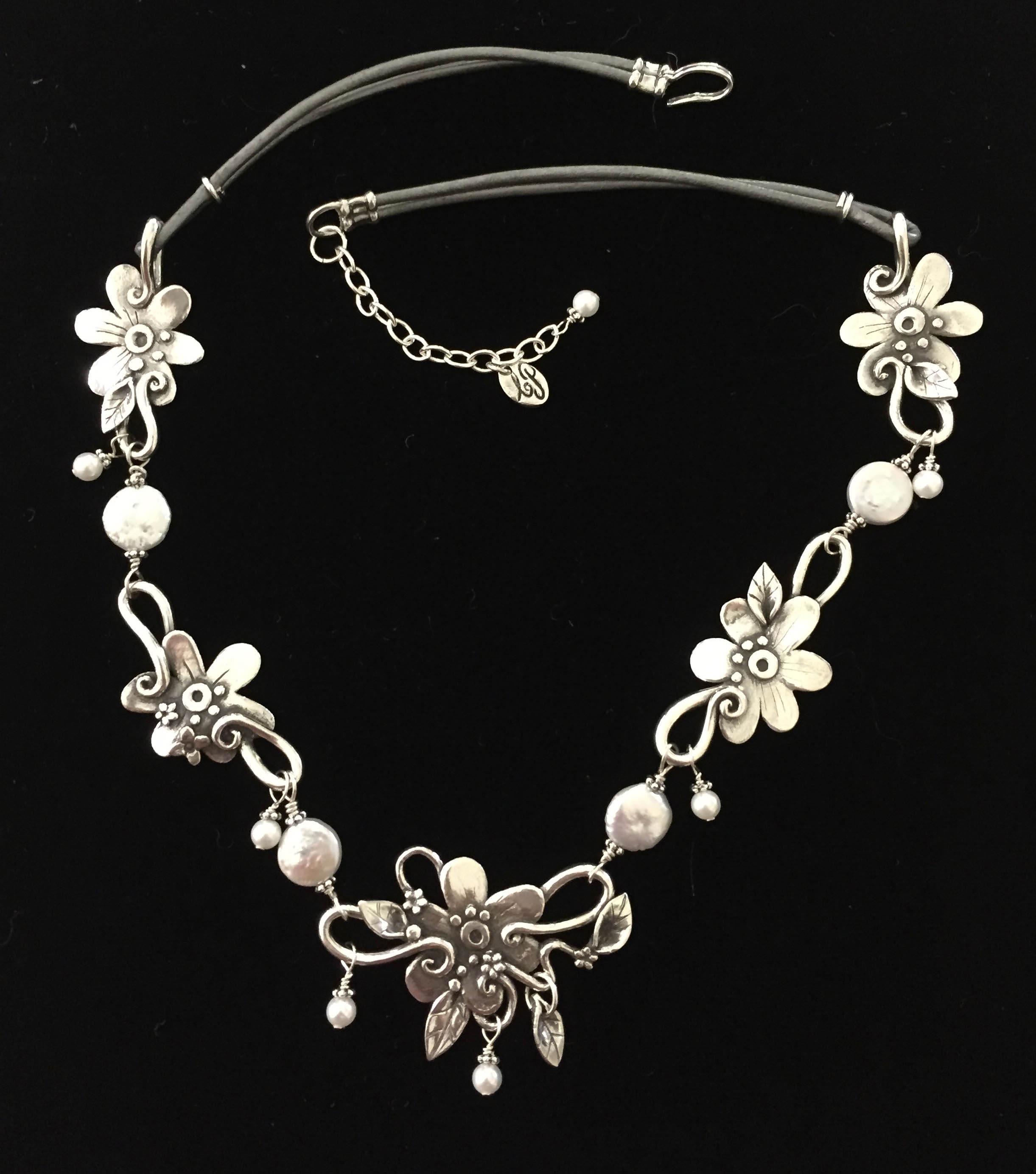 FloralnecklaceWeb
